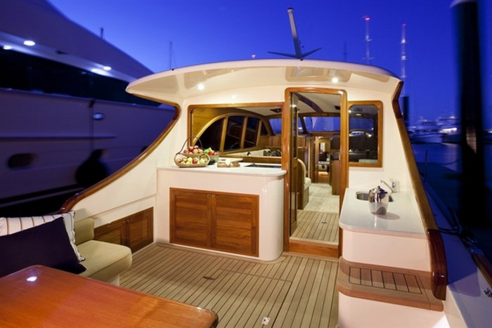 Palm-Beach-Yachts-2011-01